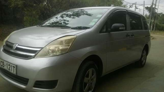 Toyota ISIS vvti 1800cc,very good condition South C - image 1