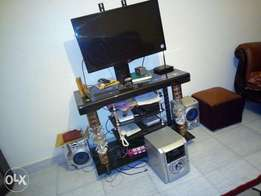Quick sell tv stand