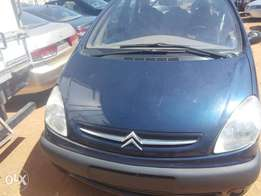 Very clean citroen xsara( Picasso )at give away price