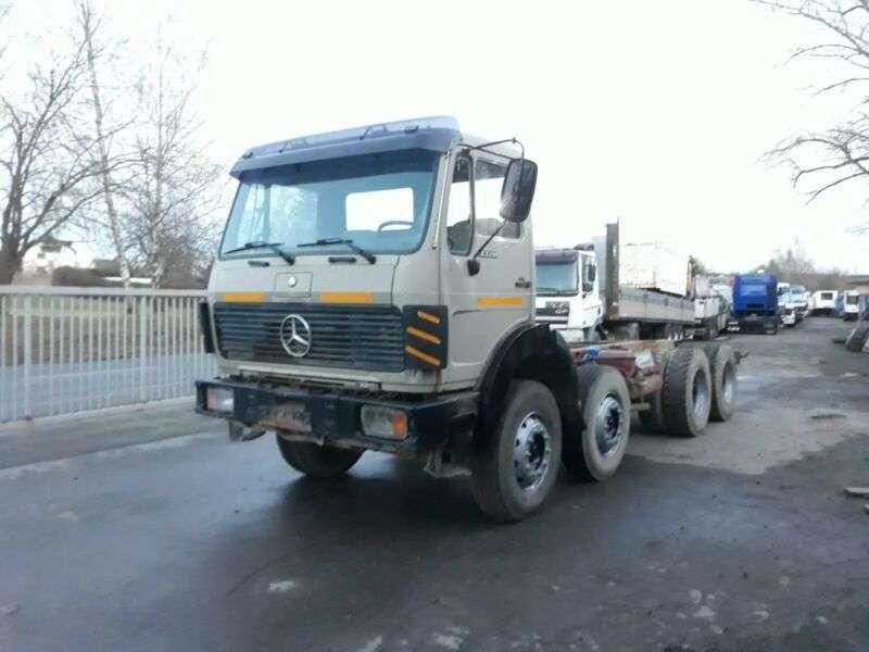 Mercedes-Benz 3328 - 1986