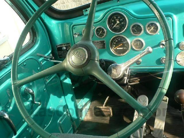 Mack V61t - 1968 - image 3