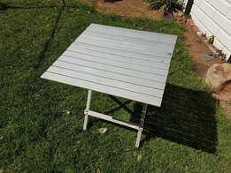 Aluminum Fold up Table