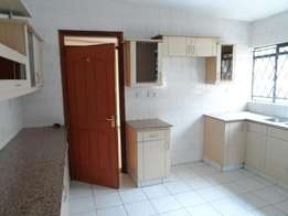 Spacious 2bd master ensuite 2nd floor to let in lavington