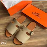 In stock with quality HERMES slippers design avalible on tunds store