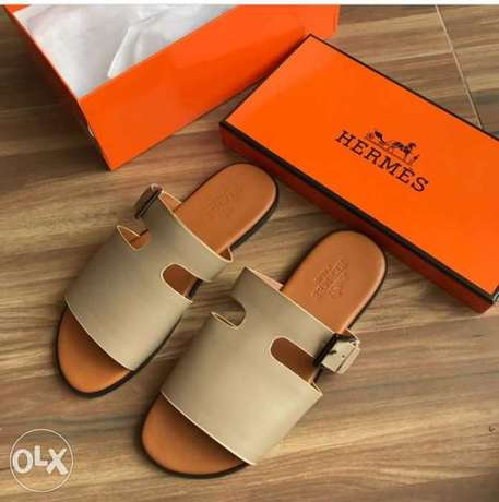 In stock with quality HERMES slippers design avalible on tunds store Lagos Mainland - image 1
