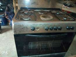 UK used standing gas cooker with oven