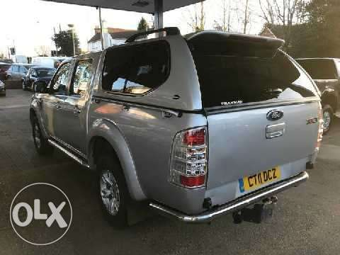 2011 Ford Ranger 2.5L TDCi THUNDER Double-Cab Pick-Up 4WD. Mombasa Island - image 2