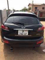 Infiniti fx 35, 2005 model with DVD head rest player. AC working perfe