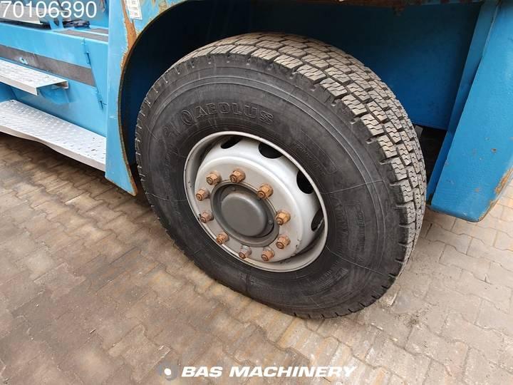 SMV SL12-600A Original hours - 90% tyres - 1997 - image 11