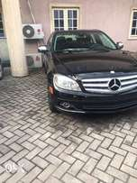 C300 4 matic Benz 08 Toks for quick sale