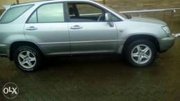 Hi selling Toyota harrier 3.0cc lady owned car extremely clean