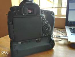 Canon 60D (Mint Condition, lightly used)