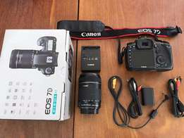 Canon EOS 7D 18.0MP Digital SLR Camera - (Kit w/ EF-S IS 18-135m