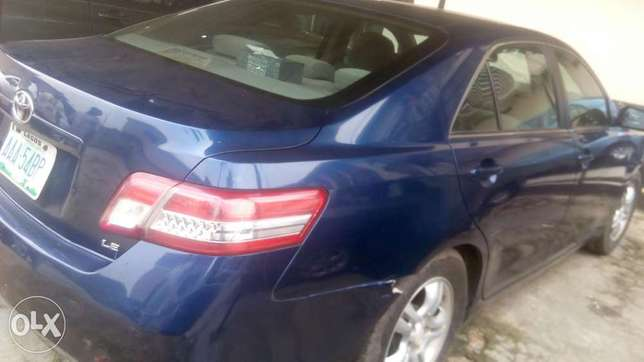 Fresh registered 2010/011 Camry available Lagos Mainland - image 4