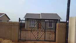 Stunning/neat 2 bedroom house for rent in Protea Glen Ext 20 Soweto