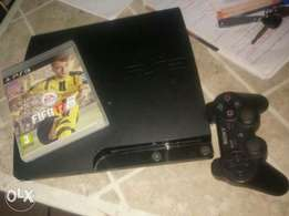 PlayStation 3 plus Fifa17 disk