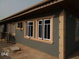 To let 5units of 3bedrooms flats at ofatedo estate akobo ojurin Ibadan