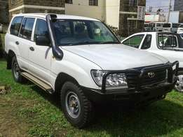 Landcruiser 100 series GX Manual Diesel 105 local spec 4wd