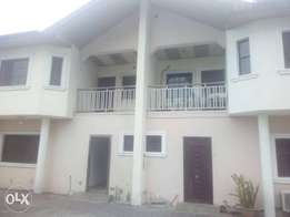 4 Bedroom duplex with 2 seating room