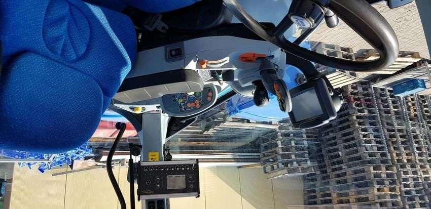 New Holland t7050autocommand - 2011 - image 4