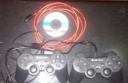 Pair of pc pads & 2 metre hdmi cable