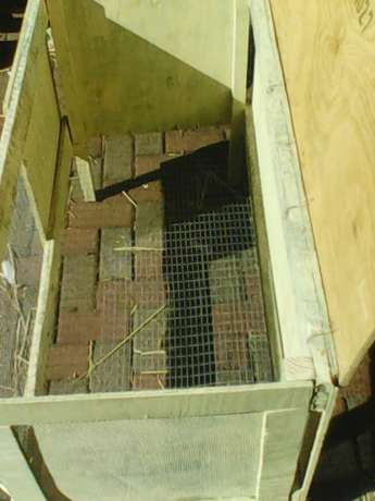 New rabbit cage for sale Brits - image 3