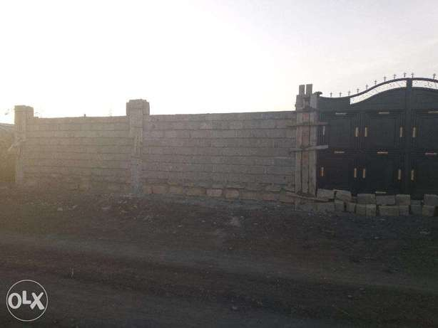 Gated Plot with Perimeter Wall and Water Mlolongo - image 2
