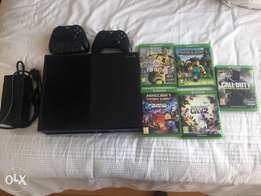 Xbox one 500gb and accessories