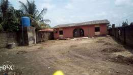Bungalow on a full plot of land for sale in Mowe - Pls call