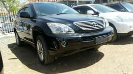 Clean Toyota harrier hybrid,silver and white buy on hire-purchase!