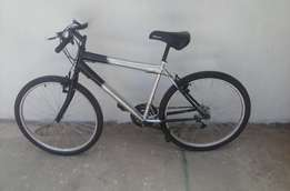 Black & Silver Mountain Bike For Sale Good Condition 26 inch 18 speed