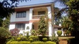 Four Bedroom house with a servant quarter in Mountain view estate