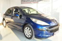Peugeot 207 1.4 Xr+ 5dr in good condition and FSH