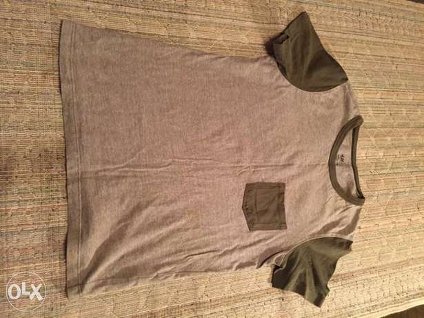 New H&M t-shirt size 9-10 years