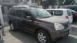 Nissan X trail with sunroof n Hyper Roof