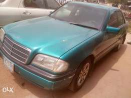 Very clean Mercedes Benz c class for sale,auto ac working perfectly...