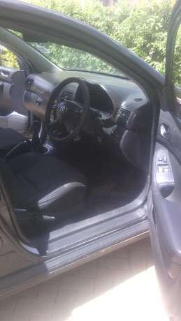 Lady owned Toyota Avensis for Sale! Embakasi - image 3