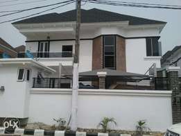 Newly built 5bedroom duplex with 1 room bq