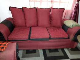 4 seater used sofa in good condition