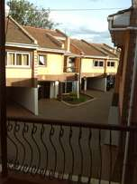 Comfort consult, 3brs maisonette with dsq ,garden and secure