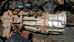 Hilux 4x4 gearbox complete