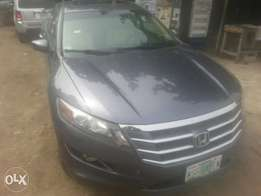 One year used honda crosstour 2010 fuloption tincan cleared