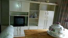 5 Piece Wall Unit with buildin lights