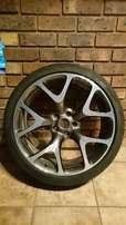 Opel Astra J OPC rim and tyre