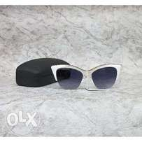 Women sunglasses : Cat eye, half framed white sunglasses with case