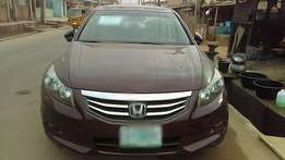 Honda Accord (2011) full option