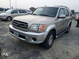 Sharp n clean Toyota sequoia 03