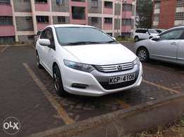 Honda Insight Hybrid, year 2010 at Kshs 845,000/=