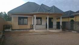Super lubalula 2bedroom home in Kiwatule at 600K
