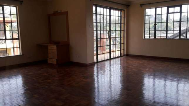 Kilimani 4 bedrooms town house to rent Kilimani - image 4